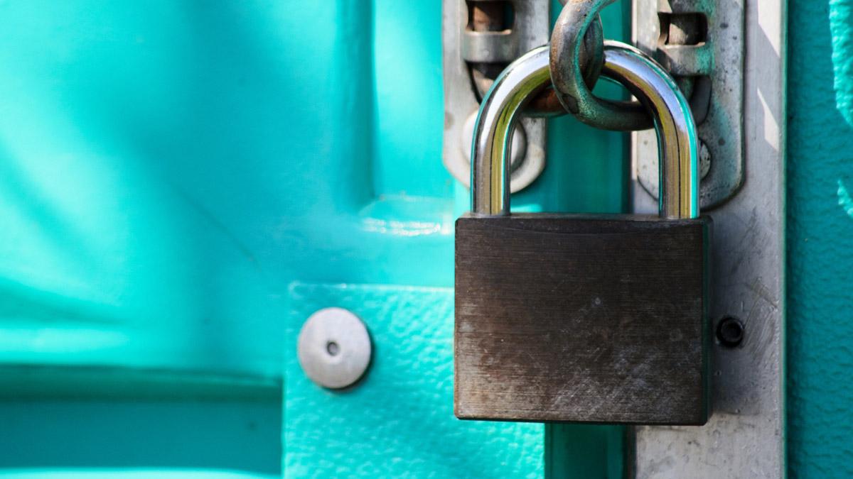 Pixabay door lock-5085716_1920